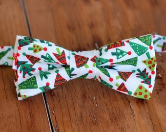Mens Christmas Bow Tie - mens red green Christmas trees on Cotton bowtie - bow tie for men, teen boys - mens holiday bow tie - gift for him