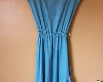 Vtg Blue and White Stripe and Ruffle 70s casual dress