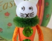 Vintage Style / Pipe Cleaner Easter Bunny Figure / Vintage Craft Supplies / Free-Standing Figure / Spun Cotton / Glittered Basket