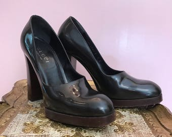 Fall sale 1990s platforms vintage shoes Gucci heels 90s shoes patent leather heels round toe shoes size 7
