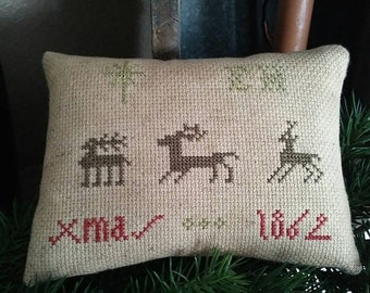 PriMiTiVe - XmaS -- EarLy LOOk CrOSs STiTcH PiLLoW....