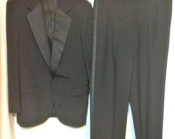 80s Tuxedo Size 41R Vintage Summer Tux