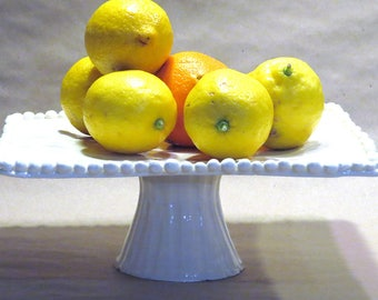 ceramic whitebeaded edge cake stand