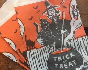 Vintage Halloween Treat Bags - Set of 4 - Trick or Treat, Vintage Paper Bags, Candy Bags, Party Favor Bags, Halloween Witch, Halloween Party