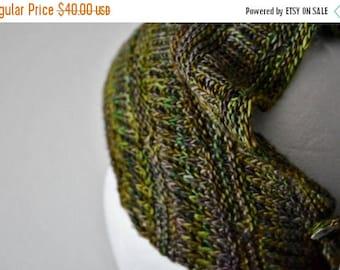 May Sale - 20% off Moon Scarflette Hand Knit Mini-Scarf in Soft Wool. Headwrap, Mini Neckerchief, Button Cowl, Boho, Ready to Ship in Oilsli