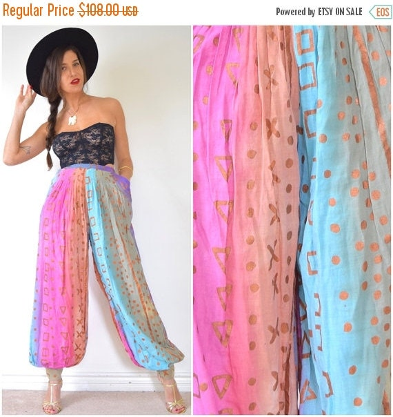 JANUARY SALE / 20% off Vintage 80s 90s High Waisted Abstract Cotton Harem Pants