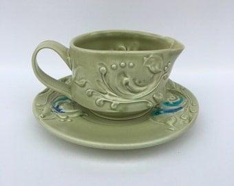 Green Gravy Boat with Plate set
