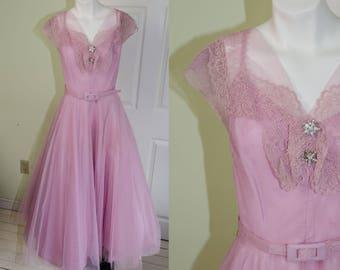 Vintage 1950's Woman's Lavander Pink Party Prom Dress B38 W27