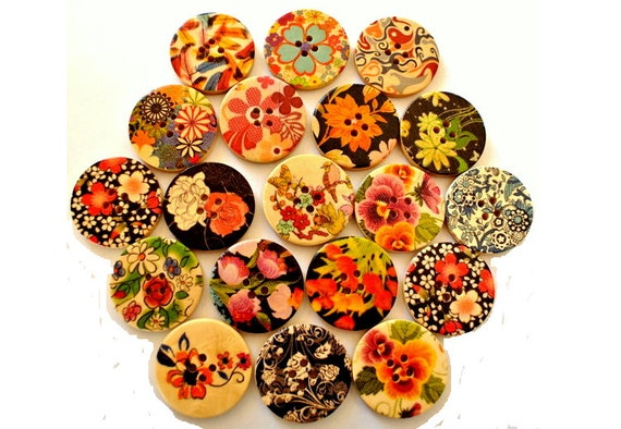 Wood buttons, 18 buttons in 18 designs , colorful, flowers, ornament, 30mm