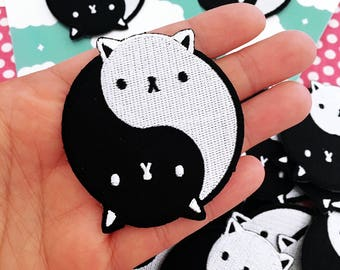 Yin Yang Cat Embroidered Patch - Iron on - CLEARANCE