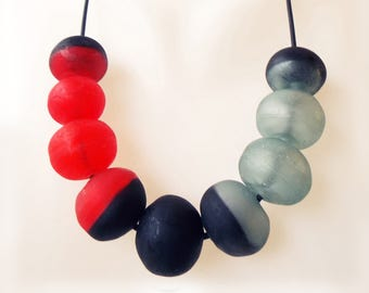 Black statement necklace, Red and black necklace, modern bead necklace, red statement necklace, Minimalist statement necklace