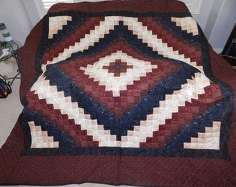 Queen Size, Amish Made, Hand Made - Trip Around the World quilt