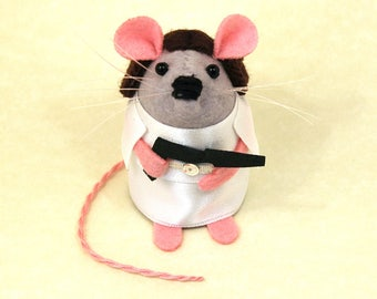 Princess Leia Mouse ornament gift for Star Wars fan boyfriend girlfriend brother husband wife geek men collectable cute felt mouse jedi