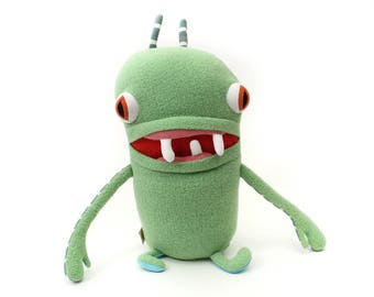 "Monster Plush Stuffed ""Tobuki"" Toothy Pocket Cotton Monster"