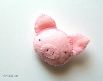 Pig Accessory Cute Pig Felt Brooch Handmade Stuffed Animal Pig Felt Pin Cute Piglet Farm Animal Fashion Accessory Kids Accessory Gift MiKa