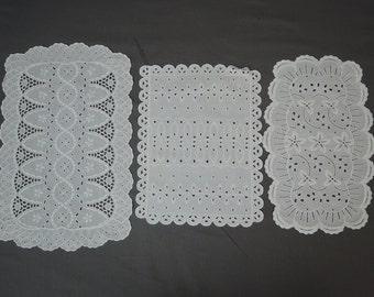Vintage 3 White Eyelet Doilies Embroidered Linen Cotton Doily Lot 1940s Decor
