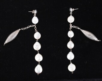 VINTAGE Sterling Silver 925 and FRESHWATER PEARLS Dangle earrings