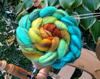 Gradient Roving Mixed BFL Wool Coral Reef Turquoise Green Yellow Orange -  4.1 oz