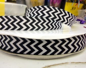 Chevron Grosgrain 7/8 inch x 10 yards BLACK/WHITE...On Sale Now..33% Off