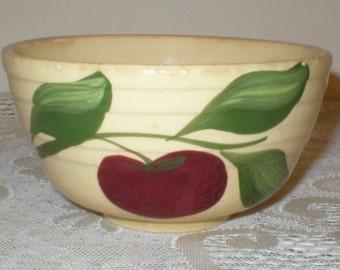 Watt Apple Bowl #05 Mixing Bowl Yellow ware Vintage Yelloware Pottery Bowl Vegetable Bowl Sauce Bowl Hand Painted Bowl