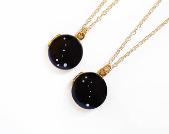 Custom Gold Locket Necklace with Zodiac Constellation - Hand Painted, Vintage Locket, Personalized, 14/20kt Yellow Gold Chain, Gift for Her