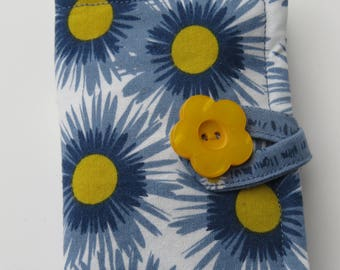 Tea Wallet , Tea Bag Holder, Cute Accessory, Purse Accessory, Blue and Yellow Daisies