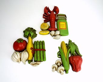 Homco 1975 Kitchen Vegetables Fruit Wall Plaques Vintage Plastic Wall Hangings Lobster Bright Colorful