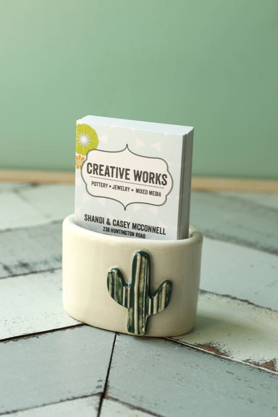 Cactus card holder for vertical cards