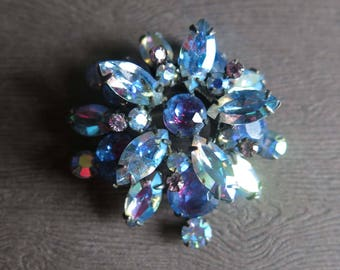 Signed Schreiner Blue Purple  Brooch, Vintage Blue Rhinestone Flower Pin, 1960s Blue Purple Sparkly Flower Brooch