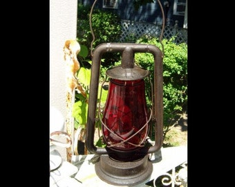 DIETZ Clipper Ship RR Railroad Lantern Red Globe old vintage antique original