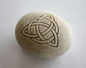Trinity Knot Engraved Grey Stone Celtic Love Knot Symbol Triquetra