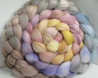 Merino 15.5 Roving Combed Top 5oz - Maybe Neutral 1