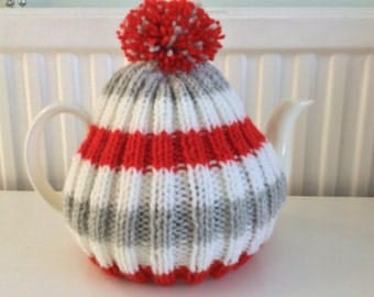 Tea Cosy with bobble - 4 to 6 cup pot - White, grey and red