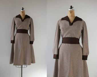 Reserved vintage 1970s dress / 70s brown plaid dress / 70s western dress / 70s day dress / 70s dramatic collar dress / 70s large dress / XL