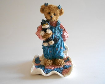 Girl Bear Figurine Bear Figurine Bear Statue Cottage Collectibles Ganz Resin Figurine Vintage 1995 Yvonne and Kitty Mary Holstad China