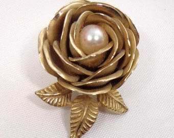 SALE Signed ART Brooch Pin Rose Flower Floral Pearl Gold Tone 900