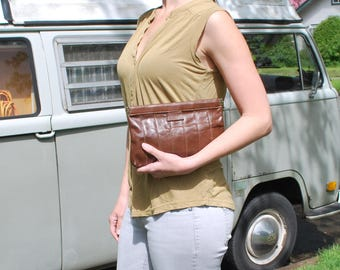 Vintage Brown Leather Clutch Purse Hinge Clutch