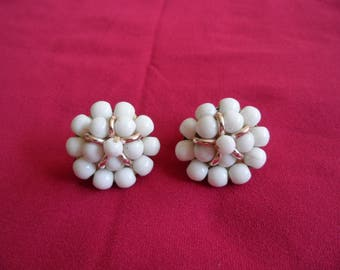 Vintage White Cluster Clip On Earrings