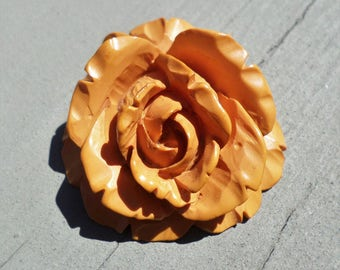 vintage carved butterscotch yellow bakelite ROSE flower PENDANT