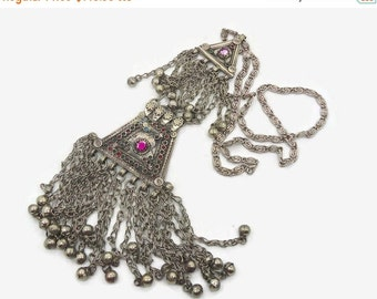 ON SALE Kuchi Necklace, Vintage Necklace, Afghan Jewelry, Turkomen, Bedouin necklace, Gypsy jewelry, Silver chain necklace,  Invintageheaven