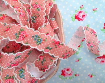 Vintage Style Mauve Pink Floral Scalloped Edge Ribbon - 1 inch - 1 Yard
