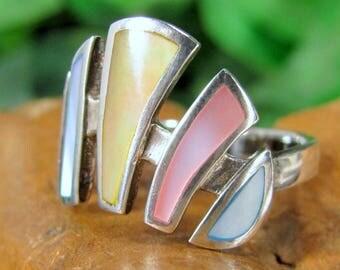 LEE SANDS MOP Sterling Ring Mod Pastel Silver Figural Band 925 Size 9