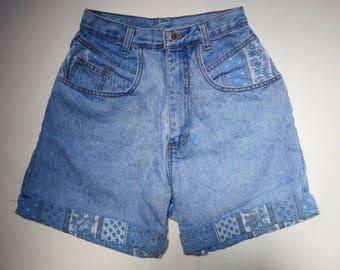 PATCHWORK // 90s high waisted denim shorts