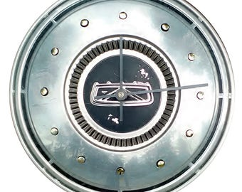 Hubcap Clock, Ford Fairlane, Falcon, Torino, Galaxy, and Mercury with numbering (h120612 hub cap)