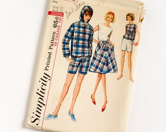 Vintage 1960s Womens Size 12 Jacket Skirt Blouse Shorts Simplicity Sewing Pattern 5836 Complete / b32 w25 / Retro Sporty Boating Resort Wear