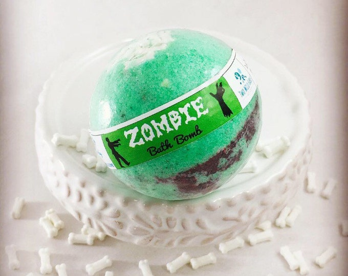 ZOMBIE Bath Bomb, (Oozes gray/black) 2.3oz