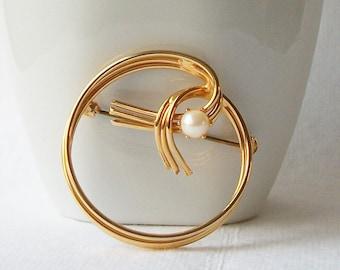 Vintage Pearl Brooch, Vintage Pearl Jewelry