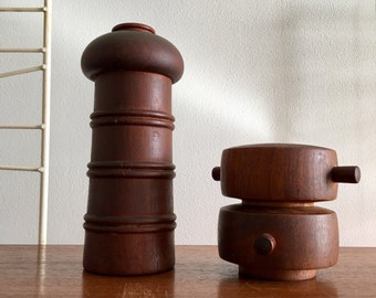 Vintage Dansk Denmark Salt Pepper Mill Grinder IHQ Teak Wood Jens Quistgaard Peppermill