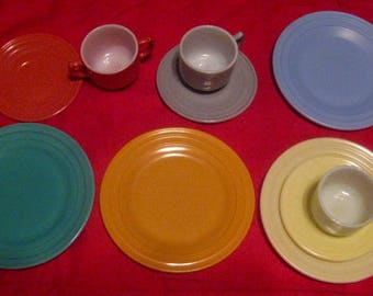 Various Vintage Moderntone Toy Dishes