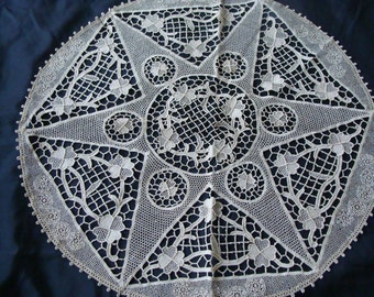Star and 4 Leaf Clover ~ Intricate Lace Centerpiece